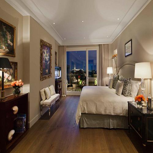 Palazzo Parigi Presidential Suite master bedroom