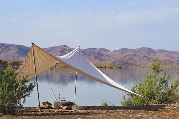 20 - picnic by the lake of Ouarzazate